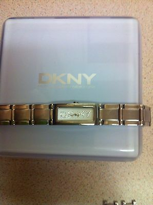 Ladies Dkny Watch With Linked Style Bracelet  • 39.99£