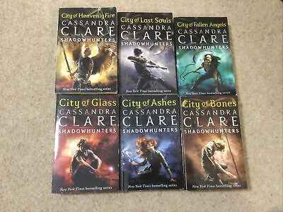 The Mortal Instruments: Shadowhunters 6 Book Collection - Cassandra Clare • 9£