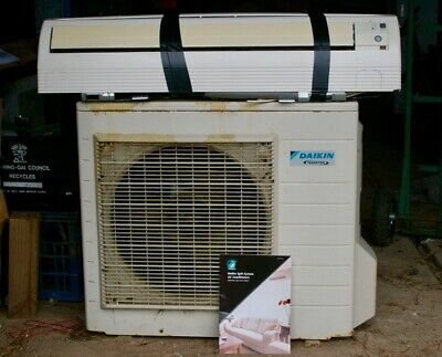 AU250 • Buy REDUCED!! Daikin Inverter Split System Air Conditioner