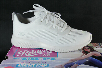 Skechers Ladies Slippers Sneakers Low Shoes Trainers IN White New • 57.69£