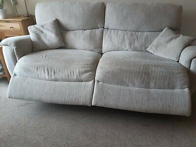 3 Seater Lazy Boy Recliner • 500£