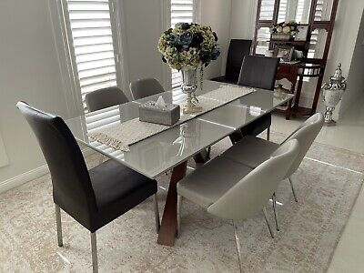 AU350 • Buy Dining Table And Chairs 6 Used