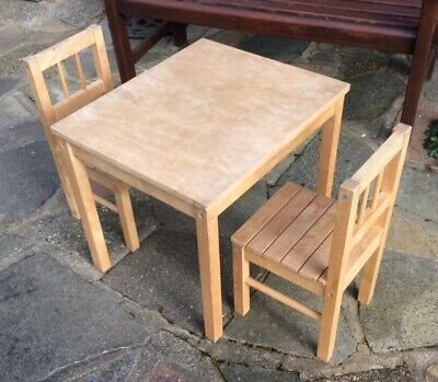 IKEA Childrens Wooden Table And 2 Chairs • 5£