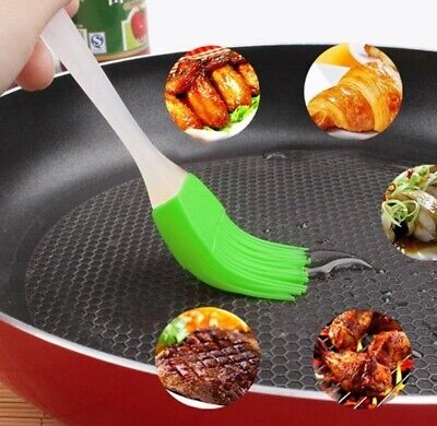 Pastry BRUSH Egg Wash Milk Baking Utensils Silicone Cookware Cooking Basting BBQ • 3.29£