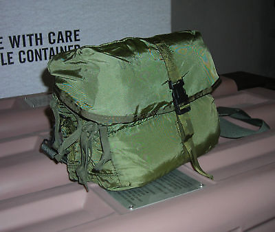 $24.84 • Buy Genuine Us Army Cls Combat Life Saver M-3 Medical Bag Trifold Nylon New !!! #2