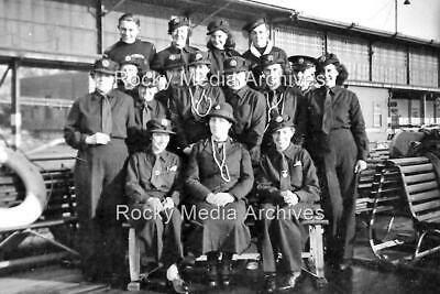 £3.25 • Buy Mtw-31 WWII, Ladies Civil Defence Group In Uniform On Pier. Photo