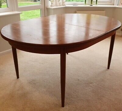G Plan Vintage Extending Dining Table • 50£