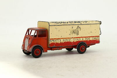 Dinky Toys 514; Guy Box Van; Spratts, Red & Cream; Damaged Unboxed • 4.99£