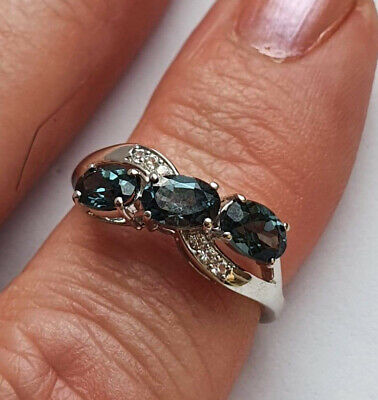 £99 • Buy 9ct WHITE GOLD MAHENGE BLUE SPINEL & WHITE SAPPHIRE RING SIZE N/O