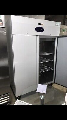 £1200 • Buy Tefcold RK1010WS Double Door Upright Fridge White 976L Immaculate Condition