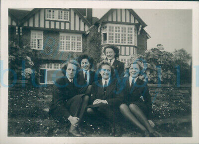 £15 • Buy WW2 HMS Peewit WRNS Woman's Photo At Higher Coombe Hastlemere Surrey 1946