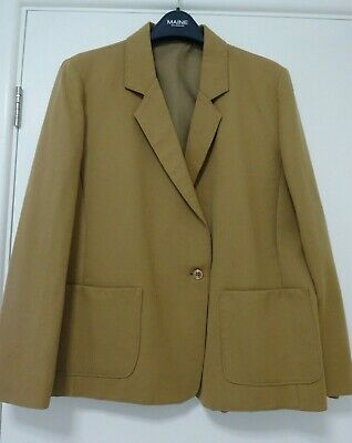 Ladies Beige Camel Coloured Wool Jacket. Size 18, Can Fit Size 16 • 15£