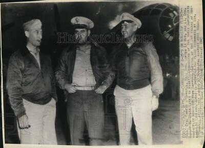 $ CDN24.25 • Buy 1945 Press Photo WWII Pilots Emmet O'Donnell, Curtis Le May & Barney Giles In IL