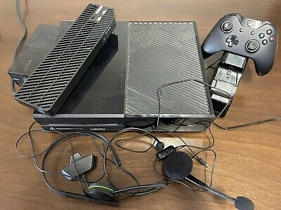 AU120 • Buy Microsoft Xbox One Black 500 MB Console, Controller, Cooling Fan