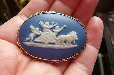 Vintage Wedgwood Cherubs On A Chariot Cameo And Silver Brooch • 3.20£