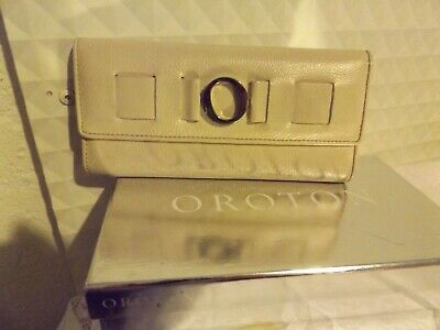 AU15 • Buy Oroton Ivory Wallet With Box