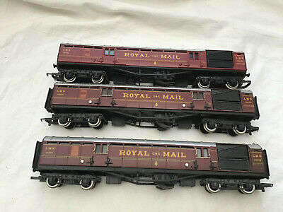 £34.99 • Buy HORNBY 00 JOB LOT OF 3x LMS ROYAL MAIL COACHES (30250 X3 - One Renumbered 30255)