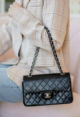 AU5577.32 • Buy VERIFIED Authentic CHANEL Black Quilted Leather Vintage Small Double Flap Bag