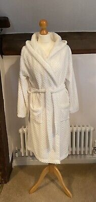 £7.50 • Buy Cream Velour Hooded Dressing Gown Size S