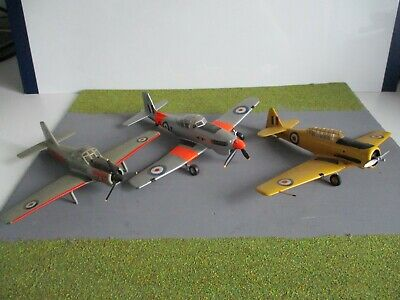 £2.99 • Buy Joblot  Collection  Of Built  Airfix  Models For  Spares  Or  Repair 1.72
