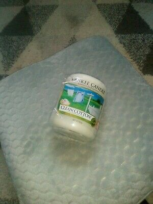 £7 • Buy Large Broken Clean Cotton Yankee Candle