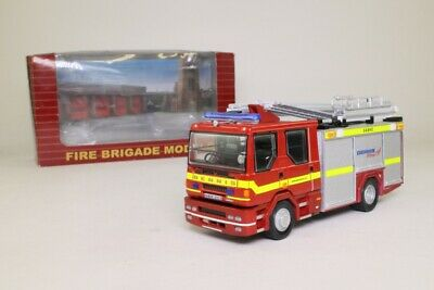 £49.99 • Buy Fire Brigade 2700A; Dennis Sabre Fire Engine; Demonstrator; Excellent Boxed