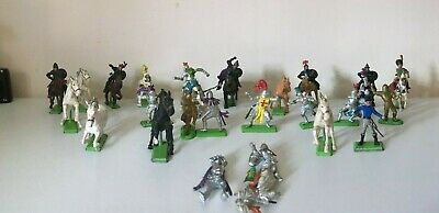 £4.20 • Buy Britains Deetail Knights / Horses RARE 32 FIGURES 18 SOLDIERS 14 HORSES JOB LOT