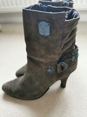 £20 • Buy Diesel Ankle Boots, Grey Suede, Size 7 40 6.5 Conformable Heel Height