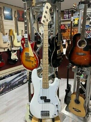 £184.99 • Buy Aria STB-PB Solid Body Electric Bass Guitar. Gloss White With Maple Fretboard