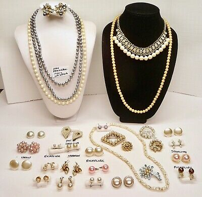 $ CDN24.89 • Buy 30 Pc Vintage Faux Pearl Jewelry Lot--some Signed--necklaces-brooches-earrings++