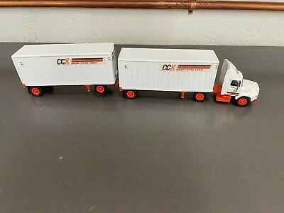 £14.32 • Buy Tonkin 1:53 Classic Ford Tractor Trailer Doubles - Conway Central Express