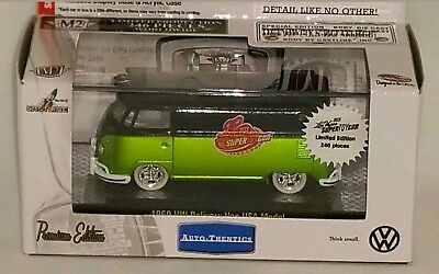 $40 • Buy 2015 M2 Las Vegas Super Toycon Chase Car 1960 Vw Delivery Van / Bus! 1 Of 246!