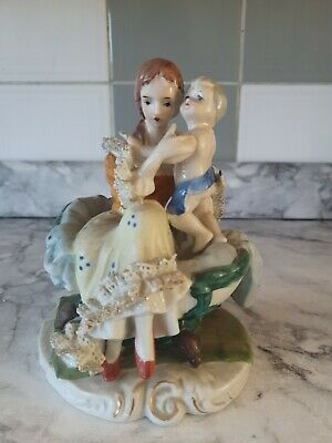 £8.99 • Buy Vintage Porcelain Mother And Child Ornament Made In Taiwan