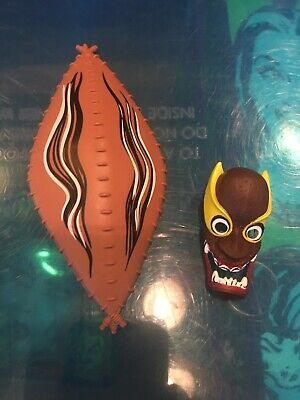 $15 • Buy Mask And Shield Accessories Lot For WWE Elite Legends Series 2 Kamala Figure WWF