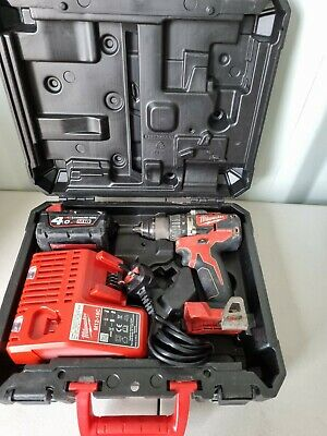 £159.99 • Buy Milwaukee M18 CBLPD Cordless Combi Drill + 4.0Ah Battery Charger USED (2)