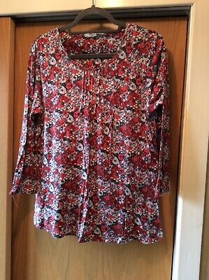 £0.99 • Buy Braintree Floral Top Size XL