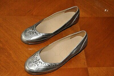 £3.50 • Buy Ladys M&S Footglove Shoes With Small Heel, Size 3.5, Bronze Colour