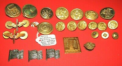 $25 • Buy Grouping Of 21 Vintage Military Pin And Buttons Inc. Flags, Wings And More !!