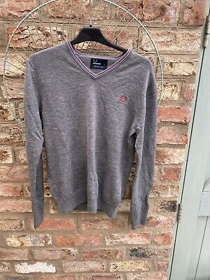 £15 • Buy Fred Perry Grey 100% Merino Wool V Neck Jumper Small - Mod 60s