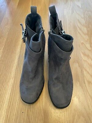 £1.50 • Buy New Look Grey Suede Ankle Boots - Size 6 - Never Worn