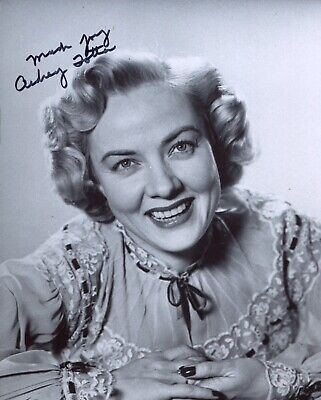 £0.99 • Buy 1940's Film Noir Hollywood Actress Audrey Totter Signed 8x10 Photo