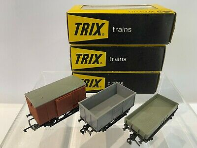 £12 • Buy Trix 00 Scale Set Of 3 Wagons 1602/06/13, Pre-owned, Excellent Condition