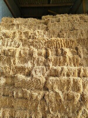 £4 • Buy Small Bale Meadow Hay No Weeds Soft And Made Well