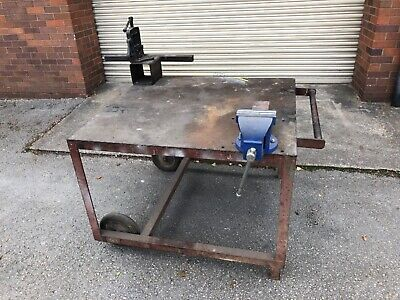 """£80 • Buy Mobile Work Bench With 6"""" Engineers Vice & 2"""" Pipe Vice - Metal Work Bench"""