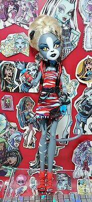 £11.99 • Buy 2) Monster High Doll, Meowlody, Zombie Shake