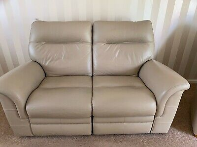 £400 • Buy Recliner Leather Sofa And 2 Chairs