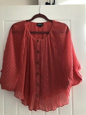 £3 • Buy Peach Pleated Gold Button Down Blouse.