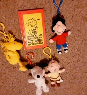 £14.50 • Buy Peanuts Snoopy Collectable Bag Charm Bundle With Schulz Book.