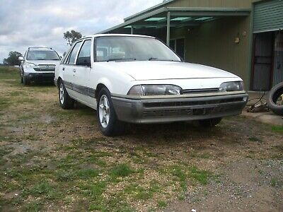 AU7000 • Buy 1987 Holden Commodore VL Sl Factory Manual Series Two