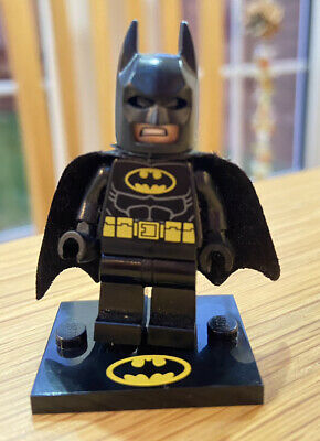 £5.50 • Buy Lego Minifigure Batman - Black Suit With Yellow Belt And Crest With Cape